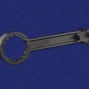 Ключ для вскрытия горловины бочки